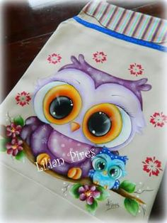 Owl art by Lilian Pires
