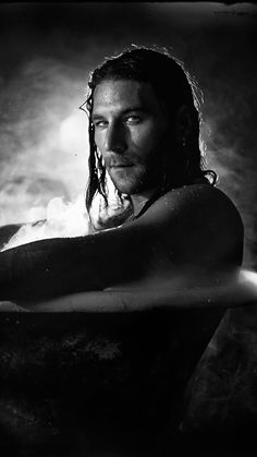 Zach mcgowan, Actor, Bath, So Sexy ❤ Zack Mcgowan, Hot Actors, Actors & Actresses, Beautiful Men, Beautiful People, Charles Vane, Tom Hopper, Black Sails, Pirate Life