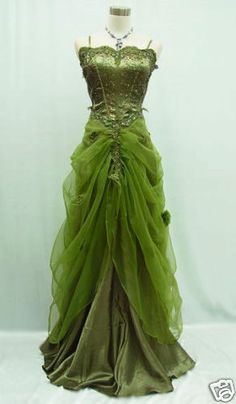 Evening Gown (Masquerade/Ball Dress/Burlesque Costume) by Mona Bocca. Love the dress, not crazy about the color. Green Evening Gowns, Evening Dresses, Green Dress, Green Lace, Green Satin, Pageant Dresses, Quinceanera Dresses, Evening Party, Vintage Dresses