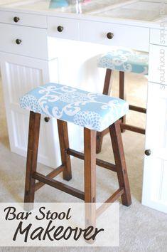 DIY bar stool cushion - in stripe coastal pattern - paint stools in lighter blue Redo Furniture, Diy Bar, Bar Stool Makeover, Diy Stool, Home Decor, Upholstered Stool, Stool Makeover, Home Diy, Upholstery