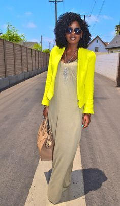 Can I count the things I love about this outfit? Simple dress and the color, the neon blazer, the tan leather purse, those CURLS, the pose! Can I count I Love Fashion, Modest Fashion, Passion For Fashion, Womens Fashion, Fashion Design, Vogue, Vintage Wardrobe, Mellow Yellow, Swagg