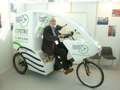Ecopostale, a fleet of 10 #bicycle pedi-cabs that deliver the mail in Brussels, Belgium.  #ProductivePedals