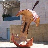 Claes Oldenburg, American Surrealist Sculptor, Pop Artist, Printmaker, Lithographer: Biography, Famous Pop Art Sculptures, Dual Hamburger, Apple Core