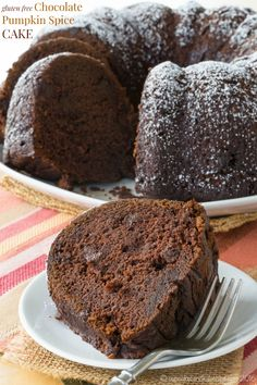 Gluten Free Chocolate Pumpkin Spice Cake - bundt cake recipe for a fall dessert from @cupcakekalechip