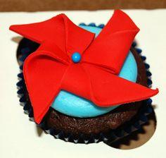pinwheel cupcake