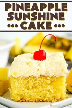 This Pineapple Sunshine Cake is a light and refreshing dessert, perfect any time. A pineapple cake topped with a fruity whipped pudding frosting. Cupcake Recipes, Cupcake Cakes, Dessert Recipes, Refreshing Desserts, Delicious Desserts, Yummy Food, Pudding Frosting, Cream Frosting, Cake Portions