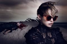 Miley Cyrus Mirrors Justin Bieber in Marc Jacobs Ad - http://www.reellifewithjane.com/2014/03/miley-cyrus-mirrors-justin-bieber-marc-jacobs-ads/