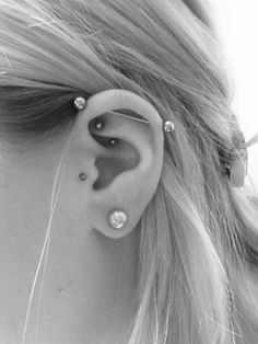 Rook Piercing: 50+ Most Inspirational Examples And FAQs awesome  Check more at http://fabulousdesign.net/rook-piercing/