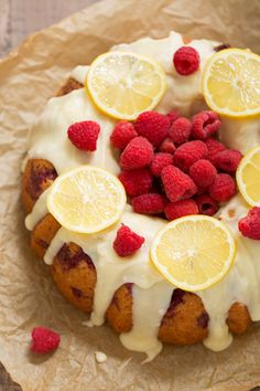 A light and delicious lemon raspberry bundt cake topped with a creamy vanilla glaze drizzled on top. This simple bundt cake is soft, refreshing, sweet from rasberries and bursting with the scent of lemons! Kissing all my self control goodbye in 3…2…1. {Bundt} cake all up in your face. And just like that, we have …