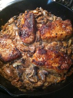 COLONEL SASSY'S SKILLET CHOPS with MUSHROOMS in CREAM SAUCE - Your family or guests will think you've slaved over some fancy recipe when they taste this. Serve it with a side salad and a vegetable of you liking and voila - you will be acclaimed a STAR CHEF, just like Colonel SASSY