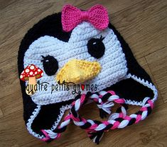 Mimi the Penguin hat - This little penguin is a unique and seamless design.