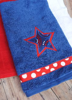Patriotic Towel - easily make towels created for any holiday or special event ... just change the applique shape.
