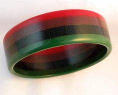 Vintage 1940's Laminated Bakelite Four Color Bangle Bracelet