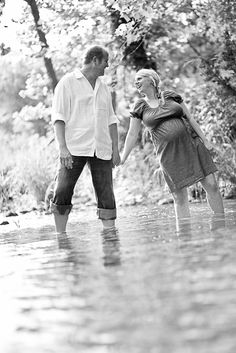 dripping springs maternity photos