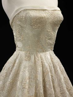 'Les Muguets' (Lily of the Valley) - Hubert de Givenchy - 1955  Bodice detail. exquisite beading <3