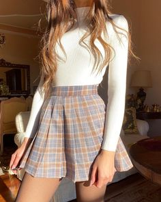 outfits for school ; outfits with leggings ; outfits with air force ones ; outfits with black jeans ; outfits for school winter ; outfits with sweatpants Cute Casual Outfits, Girly Outfits, Mode Outfits, Retro Outfits, Stylish Outfits, Cute Skirt Outfits, Mean Girls Outfits, Cute Vintage Outfits, Casual Dresses For Teens