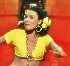 Which Classic Hollywood Actress Are You? I got Lena Horne!!