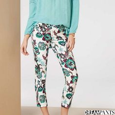 Your dream pants,Lisette L Pants flatten and flatter. Wrinkle-free fabrics with genius construction Flatter Stomach, Marine Blue, Ankle Pants, Paisley Print, Fashion Pants, Chambray, Blue Denim, Thighs, Your Style