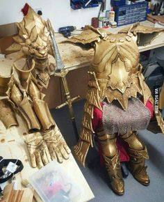This dude made a(nearly) complete Dragonslayer Ornstein armor from Dark Souls