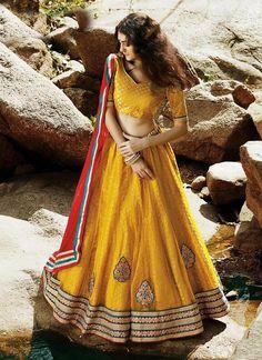 Choli Indian Bollywood Bridal Wedding Lehenga Traditional Ethnic wear Pakistani…