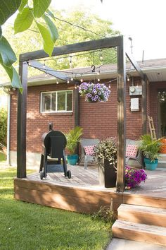 Modern Deck Pergola   Home Deck Makeover on Remodelaholic