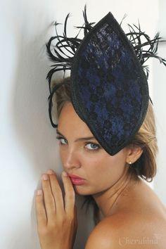 b4450c62285d8  tocado  Cherubina  invitada  boda  sombrero  headpiece  hat  attendance