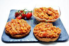 Zacusca-de-vinete-pofta-buna-cu-gina-bradea (3) Salmon Burgers, Baked Potato, Mashed Potatoes, Macaroni And Cheese, Gem, Baking, Ethnic Recipes, Food Ideas, Cooking