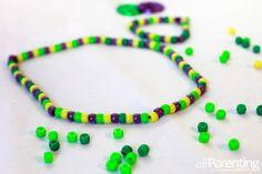 Mardi Gras beads craft for kids  #mardigras #craftsforkids