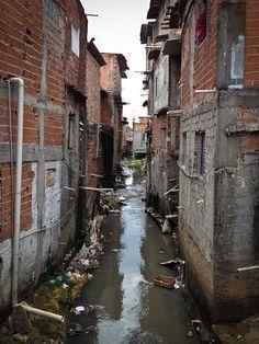 favela_brazil_1