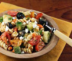 Greek pasta salad #vegetarian #picnic #salad