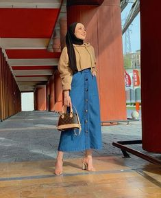 [New] The 10 Best Outfit Ideas Today (with Pictures) - Street Hijab Fashion, Muslim Fashion, Modest Fashion, Modest Outfits, Fashion Outfits, Hijab Casual, Hijab Chic, Moda Hijab, Hijab Mode Inspiration