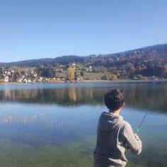 Ça mord petit au lac St point un des plus grands lacs de France