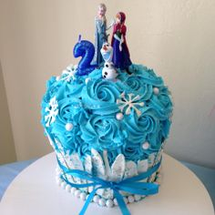 Disney Frozen Giant Cupcake Cake