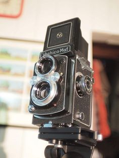 The mighty Yashica Mat | Flickr - Photo Sharing!