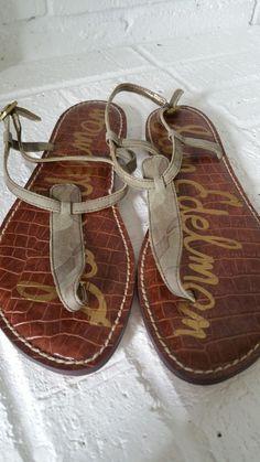 5f62e391566 Sam Edelman Gig camo print suede thong sandal womens size 9 New  fashion   clothing