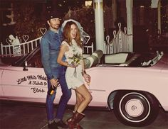 Ohh heyyyy Erin Wasson road triping through the desert to the Little White Wedding Chapel in Vegas for Free People's March Catalog. Photos: Guy Aroch featuring Erin Wasson and Mark Wystrach for Free People Erin Wasson, Vegas Style, Wedding News, Free Wedding, Wedding Bible, Little White Chapel, Guy Aroch, Pink Cadillac, Free People Blog