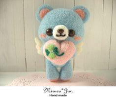 Roving Wool, Wool Felt, Angel Bear, Wool Dolls, Wool Needle Felting, Kawaii Crafts, Ideas Geniales, Felt Art, Felt Ornaments