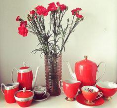 Kochajmy się ❤️#happyvalentinesday #valentines #chodzież #jozefwrzesien #aldona #regina #design #midcenturymodern #midcenturydesign… V60 Coffee, Teak, Coffee Maker, Art Deco, Kitchen Appliances, Instagram, Porcelain Ceramics, Coffee Maker Machine, Diy Kitchen Appliances