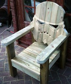 It's A Dan's World: STAR WARS OUTDOORS: The Stormtrooper Seat That Has Your La-Z-Boy Nailed