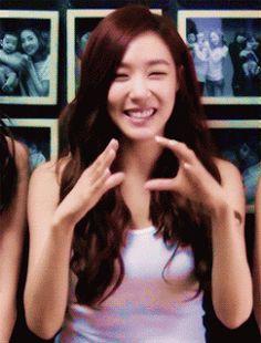 Tiffany Hwang SNSD Girls' Generation Cute Sunshine Girl GIF