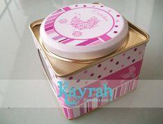 Latitas personalizadas. Tin favour Kayrah Souvenirs