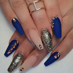These are gorgeous Nails by @monanailedit __ #hudabeauty by wickedbeautification