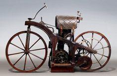 Primeira Motocicleta (1885)
