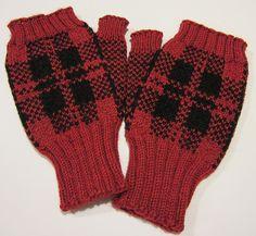 Ravelry: Tartan Mitts pattern by Carolyn Kern