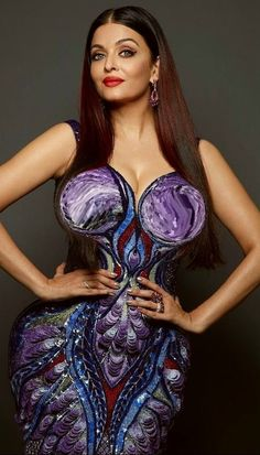 Bollywood actress who comes in top 10 list of worlds beautiful woman is Aishwarya Rai. We will discuss biography of Aishwarya Rai Bachchan and Importannt Aishwarya Rai Makeup, Aishwarya Rai Photo, Actress Aishwarya Rai, Indian Bollywood Actress, Beautiful Bollywood Actress, Bollywood Fashion, Beautiful Actresses, Indian Actresses, Aishwarya Rai Bachchan