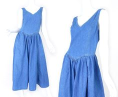 34698d5efa3b Vintage 80s 90s Blue Denim Women s Jumper Dress - Size 8 9 - Drop Waist  Full Skirted Sleeveless Midi Dress