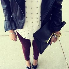 Studs / burgundy / leather