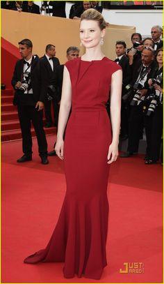 Mia Wasikowska: Restless Premiere with Bryce Dallas Howard!