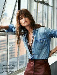 Dès maintenant, on s'autorise à glisser nos chemises en jean dans nos pantalons taille haute - http://bit.ly/1tRAz1g - Tendances de Mode