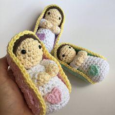PATRÓN/PATTERN: Mini virgencitas Amigurumi Mini Virgin Mary